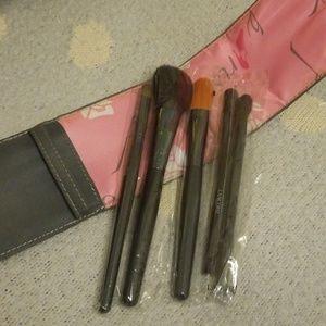 Lancome Paris makeup brushes